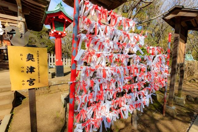 江島神社の奥津宮
